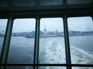 Met de veerboot van Harlingen naar Oost- Vlieland. Rederij Doeksen.
